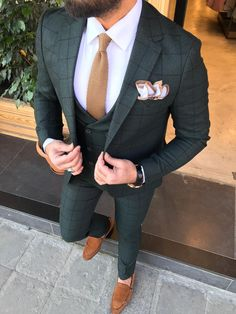 Joseph L-Green Slim-Fit Suit – brabion Green Wedding Suit, Wedding Suits, Wedding Jacket, Mens Casual Suits, Mens Fashion Suits, Cristian Gray, Green Suit Men, Grey Slim Fit Suit, Costume Slim