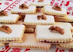Spájané bielkové tyčinky, recept, Drobné pečivo | Tortyodmamy.sk Yummy Treats, Cheesecake, Food And Drink, Tasty, Biscuits, Cheesecakes