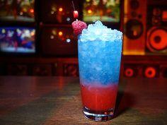 Look familiar? Rock-It Pop: Absolut Elyx, raspberry black tea syrup, lemon, blue curacao