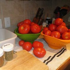 Canning Tomatoes - Farm Fresh and Frugal Blog - GRIT Magazine