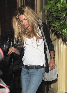 tres tres chic, kate moss, www.thestellarboutique.com