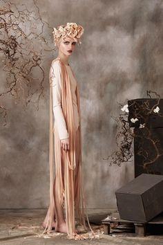 Zwischenwelt/Lookbook on Fashion Served