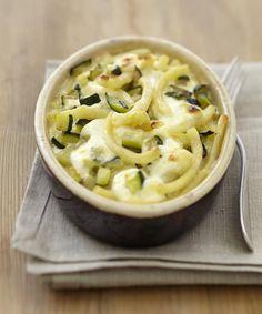 Un délicieux gratin de pâtes aux légumes et fromage frais.
