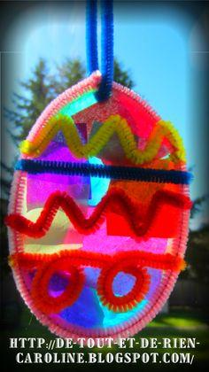 De tout et de rien: Activités pour le Préscolaire: Attrape-soleil de Pâques tout en cure-pipes et papier soie