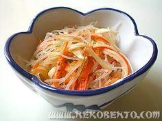 Glassnoodle salad with surimi