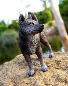 Schleich custom, Native Rose by WoLfLoVeR1998 -- That's so cool! They turned the female Husky into a wolf!
