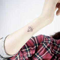 yktattoo1 Tiny Wrist Tattoos, Tatoos