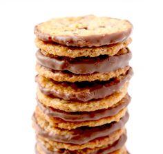 Rezept für IKEA Kekse - Petit déjeuner et Brunch - Printemps - Eté - Gesunde Pfannkuchen Desserts With Biscuits, No Cook Desserts, Swedish Recipes, Sweet Recipes, Cookie Recipes, Dessert Recipes, Galletas Cookies, Biscuit Cookies, French Pastries