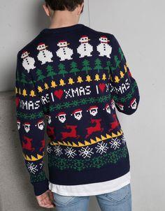 Jersey navidad jaquard. Descubre ésta y muchas otras prendas en Bershka con nuevos productos cada semana