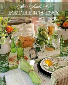 Father's Day table in lemon-lime décor. Elegant Table Settings, Beautiful Table Settings, Table Arrangements, Deco Table, Decoration Table, Dinner Table, Tablescapes, Fathers Day, Citrus Fruits