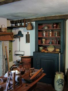 Farm House kitchen - looks like a picture right out of Little House on the Prairie