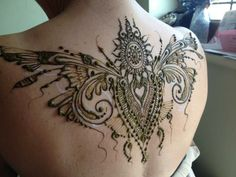 some of the coolest back henna I've ever seen