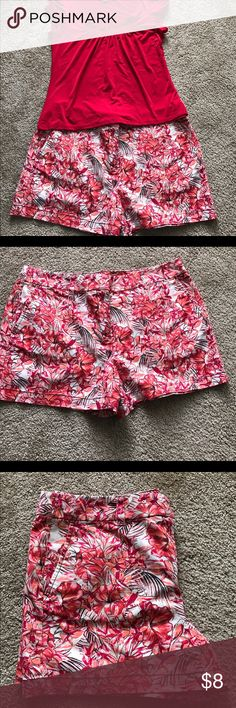 Loft Flower Patterned Shorts (sz 10) Red and orange flower 🌺 patterned shorts.  Used but in great condition. LOFT Shorts