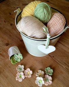 Because we're just not quite there yet here's a little bit of Spring in a bucket for you ....  #bringonspring #crochetflowers #justpootling by just_pootling