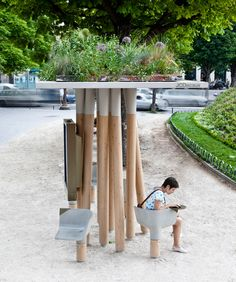 Escale Numérique : designed by Mathieu Lehanneur - shelter with interactive signage and plug-points for laptops