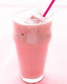 There's a reason why some drinks never go out of style. Shake things up by using other fruit -- such as raspberries, blueberries, or peaches -- in this versatile recipe.
