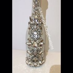 Press play and watch the beauty sparkle! We made this one for @monascottyoung #champagne #champagnebottle #vh1 #vh1bigin2015 #vh1bigin2015awards #memorybottlle #champs #poppinbottles #celebrationbottle #weddingbottle #weddingchampagne #blingbottle