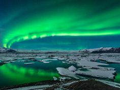 HolidayMe_Top 10 Countries To Visit In 2017_Iceland_143438332.jpg