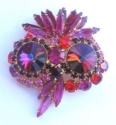 Book Piece by DeLizza and Elster Juliana Brooch