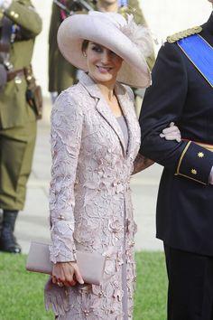 Los Príncipes de Asturias han sido de los primeros invitados en llegar a la Iglesia donde se celebraba la boda del Gran ...                              Seguir Leyendo