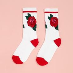 yeah, we know a thing or two about roses (and are only sliiiightly obsessed). if we could, we'd wear head-to-toe rose-print looks every day, which is why these socks by explorer's press are a wardrobe