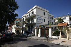 Hotel Villa Luisa la quiete degli ambienti in stile mediterraneo si combina con l'atmosfera accogliente #Pozzuoli #Nettopartners http://www.nettobooking.com/campania/villa-luisa-hotel-beauty-farm