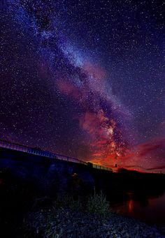Earth Sky Colours Of The Milky Way Horizon shot Beautiful Sky, Beautiful World, Beautiful Places, Cosmos, Pretty Pictures, Cool Photos, Sky Full Of Stars, To Infinity And Beyond, Galaxy Wallpaper