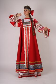 Reconstruction of Traditional Slavic Outfit Russian Traditional Dress, Traditional Dresses, Russian Fashion, Japanese Fashion, Russian Culture, Creation Couture, Folk Costume, Historical Clothing, Passion For Fashion