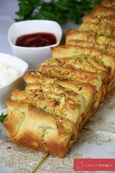 Tear-off garlic bread - New Year& Eve - I Love Food, Good Food, Yummy Food, Kitchen Recipes, Cooking Recipes, Bread Machine Recipes, Polish Recipes, Brunch, Quick Recipes