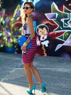 Tout savoir la mode vintage des années 80 comme s'habiller comme dans les années 1980 et créer un look eighties qui a du style et de l'allure, funk rock.