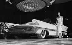1955 Lincoln Futura.
