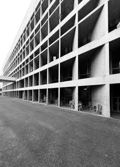 Le Corbusier – Charles-Édouard Jeanneret-Gris (1887-1965) | Palais de l'Assemblée | Chandigarh, Inde | 1955-1963