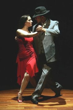 this undying tango . Shall We ダンス, Shall We Dance, Lets Dance, Danse Latino, Burlesque, Tango Art, Belly Dancing Classes, Dance Paintings, Argentine Tango