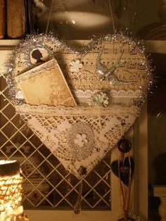 DECOR Vintage tinsel friendship heart made for a friend - lace, sheet music, sweet little silhouette, bird charm . very pretty. With tinsel it would make a cute - without it could make - - ≈√ Vintage Valentines, Valentine Crafts, Be My Valentine, Christmas Crafts, Handmade Christmas, Christmas Ornament, Vintage Crafts, Shabby Vintage, Shabby Chic