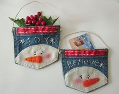 These are ADORABLE! Such a cute idea! Snowman Denim Ornament/Gift Card Holder!