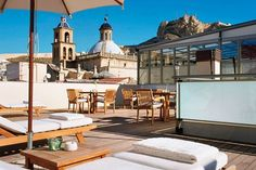 The hottest new hotels, bars, restaurants, shops and sights in Alicante (Condé Nast Traveller)