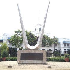 Plaza Independencia in Cebu City, Philippines Regions Of The Philippines, Visayas, Cebu City, Places Of Interest, Cebu