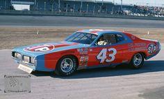 Richard Petty 1977 STP Dodge