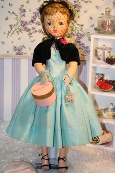 Madame A Cissy Blond Beauty Visits Bullocks Wilshire Tea Room in Teal Dress | eBay