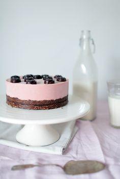 raw rose strawberry yogurt cake with raw chocolate