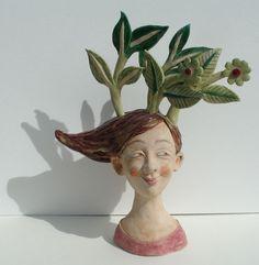 http://www.tolquhon-gallery.co.uk/my%20favourite/kemp_leaf_woman.jpg Helen Kemp Ceramics