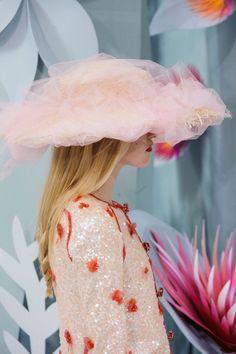 Chanel HC SS 2015 #ChanelHauteCouture #SpringSummer2015 Visit espritdegabrielle... | L'héritage de Coco Chanel #espritdegabrielle