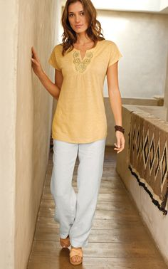 linen medallion tee with easy linen flat-front pants. j. jill
