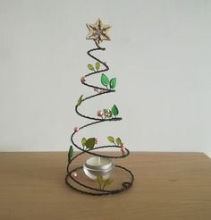 TRÅD christmas drawings - Drawing Tips Wire Ornaments, Diy Christmas Ornaments, Christmas Deco, Christmas Angels, Handmade Christmas, Holiday Crafts, Xmas, Handmade Crafts, Diy And Crafts