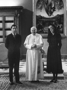 Charles, papa João Paulo II e Diana