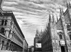 Buongiorno #Milano Foto di Riccardo Basilico #milanodavedere Milano da Vedere