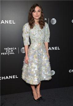 Keira+Knightley+apuesta+por+un+diseño+de+Chanel+para+el+estreno+de+