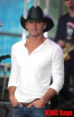 Tim McGraw is giving away mortgage-free homes to military veterans and their  families. The country superstar has been working with. 9c3f607e42a8