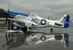 Vintage Aircrafts No model with this. I would seriously buy an actual Mustang if I had the means. Aircraft Propeller, Ww2 Aircraft, Fighter Aircraft, Military Aircraft, Fighter Jets, Old Planes, P51 Mustang, Ghost Rider, Photos