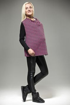 Patterned Maternity Top With Black Sleeves
